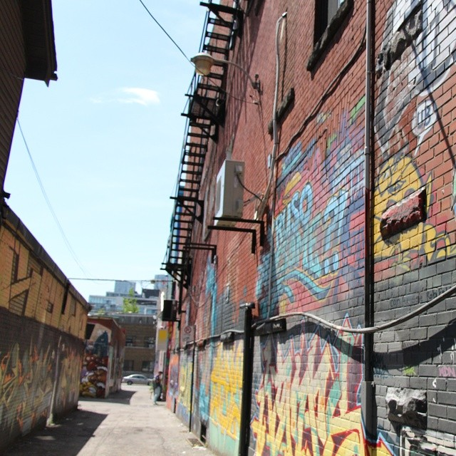 Pic of the day, Down Town Toronto Graffiti 27 (x-post Instagram)